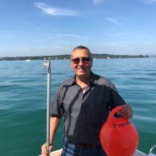 CaptainsMarine, die Bootsfahrschule in der Schweiz am Bodensee. Locker durch die Prüfung mit Emil Munz als Fahrschullehrer!