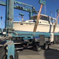 Hier sehen Sie einen Bootstransport von Zürichsee ans Mittelmeer